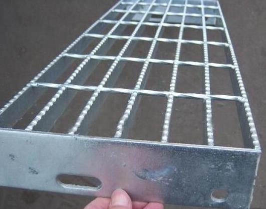 平台锯齿防滑钢格板1.jpg