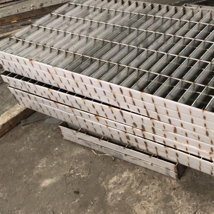 吊篮步板 (23).png